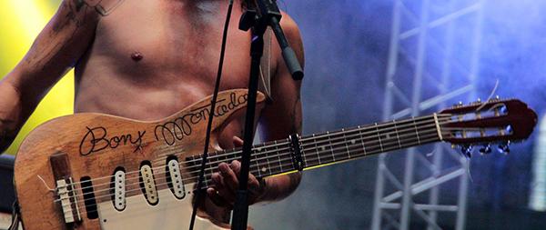 Iratxo y su guitarra
