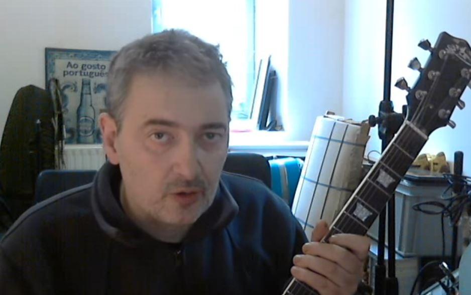Curso didáctico: Cómo ser guitarrista de rock en España. Por Miguel Costas